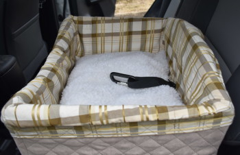 Safety, Style, & Comfort with Solvit Pet Safety Seat (giveaway)