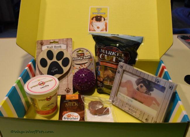 November Pet Treater Box