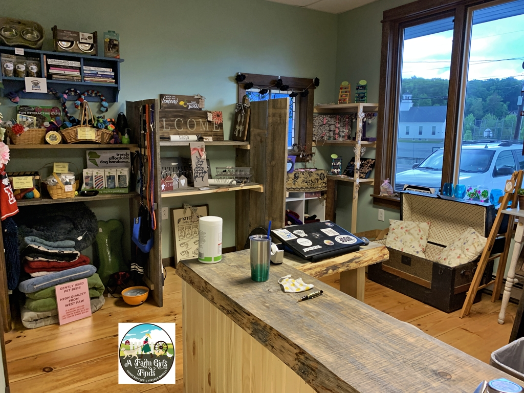 A Farm Girl's Finds Handcrafters' Market